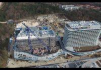 Ciekawy widok na plac budowy Baltic Park Molo z naszego Drona